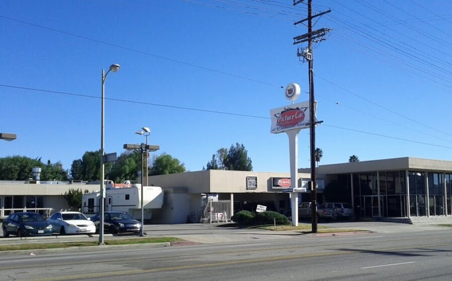Picture Car Warehouse Moves to Northridge